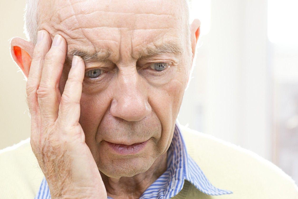 Hội chứng Alzheimer hình thành do những nguyên nhân nào?